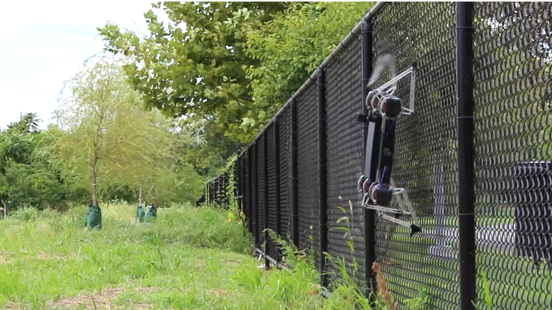 The Minitaur robot from Ghost Robotics can scale fences and open ...