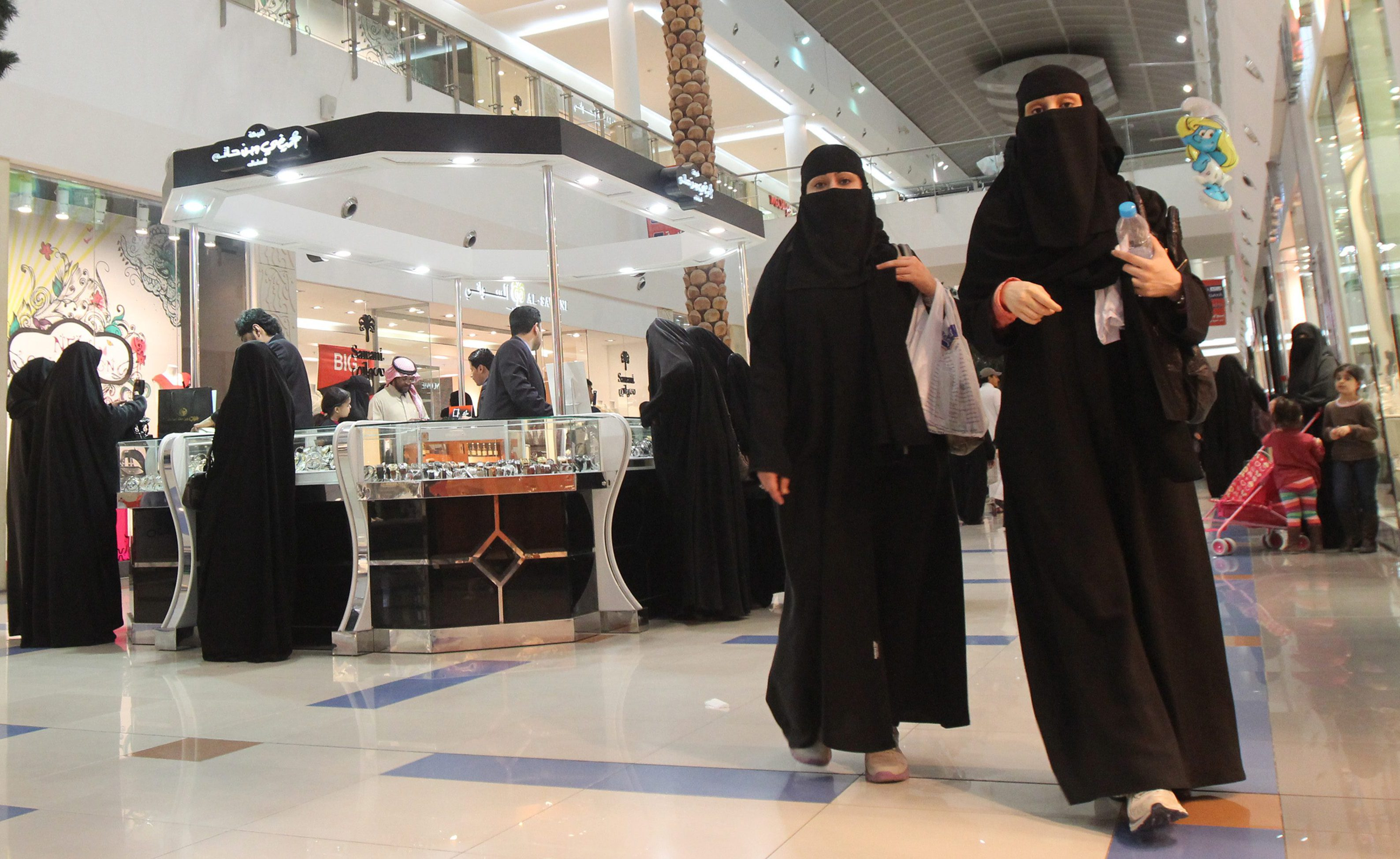 Saudi women shop at Al-Hayatt mall in Riyadh February 15, 2012. Single men are not allowed into the mall, which is accessible only to families and single women. Picture taken February 15, 2012.