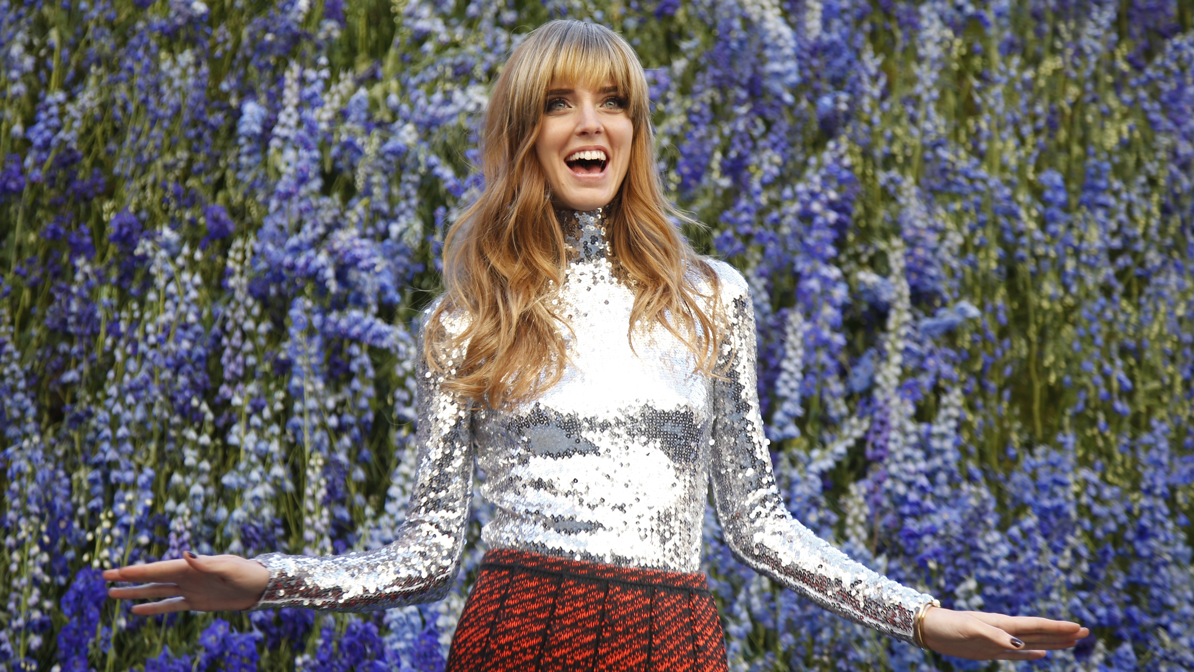 Italian blogger Chiara Ferragni poses before attending the Spring/Summer 2016 women's ready-to-wear collection show for Dior fashion house during the Fashion Week in Paris, France, October 2, 2015. REUTERS/Charles Platiau