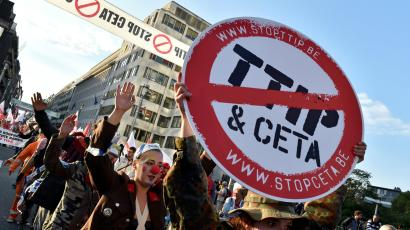 Protesters march against TTIP and CETA in Brussels
