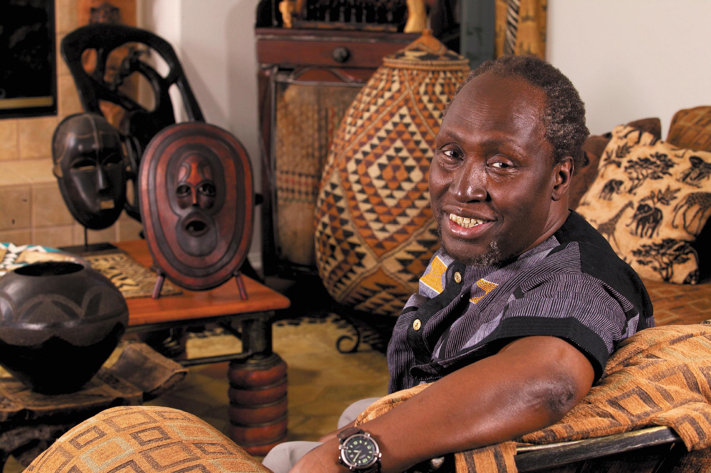 Kenyan author Ngũgĩ wa Thiong'o