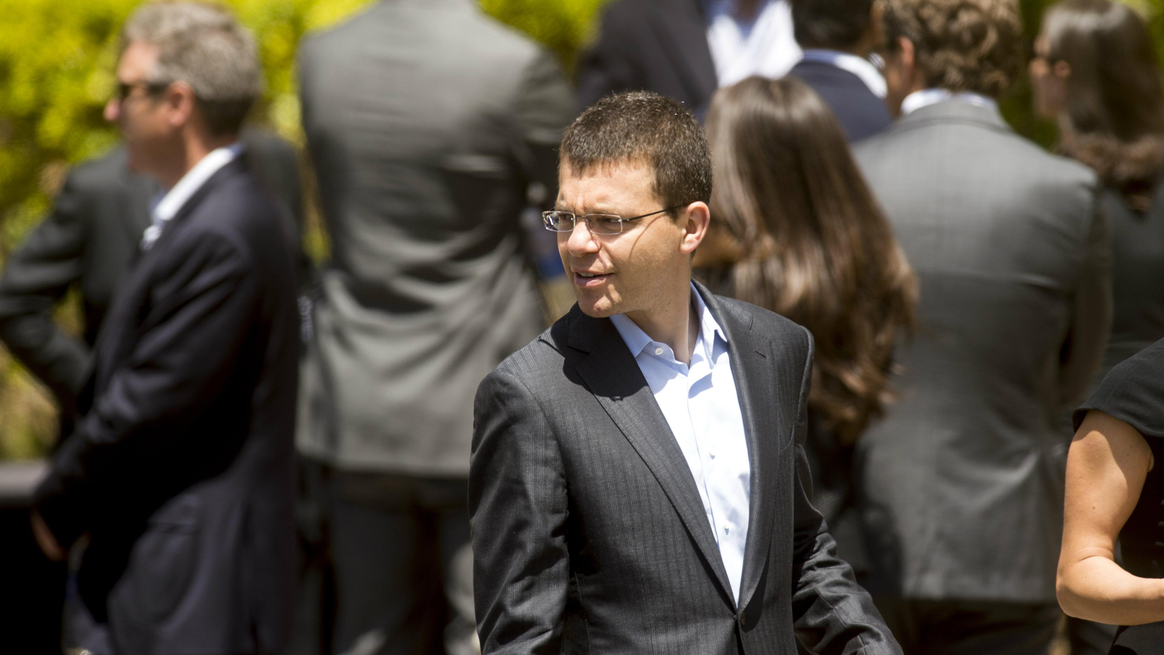 Max Levchin at Survey Monkey CEO Dave Goldberg's funeral.