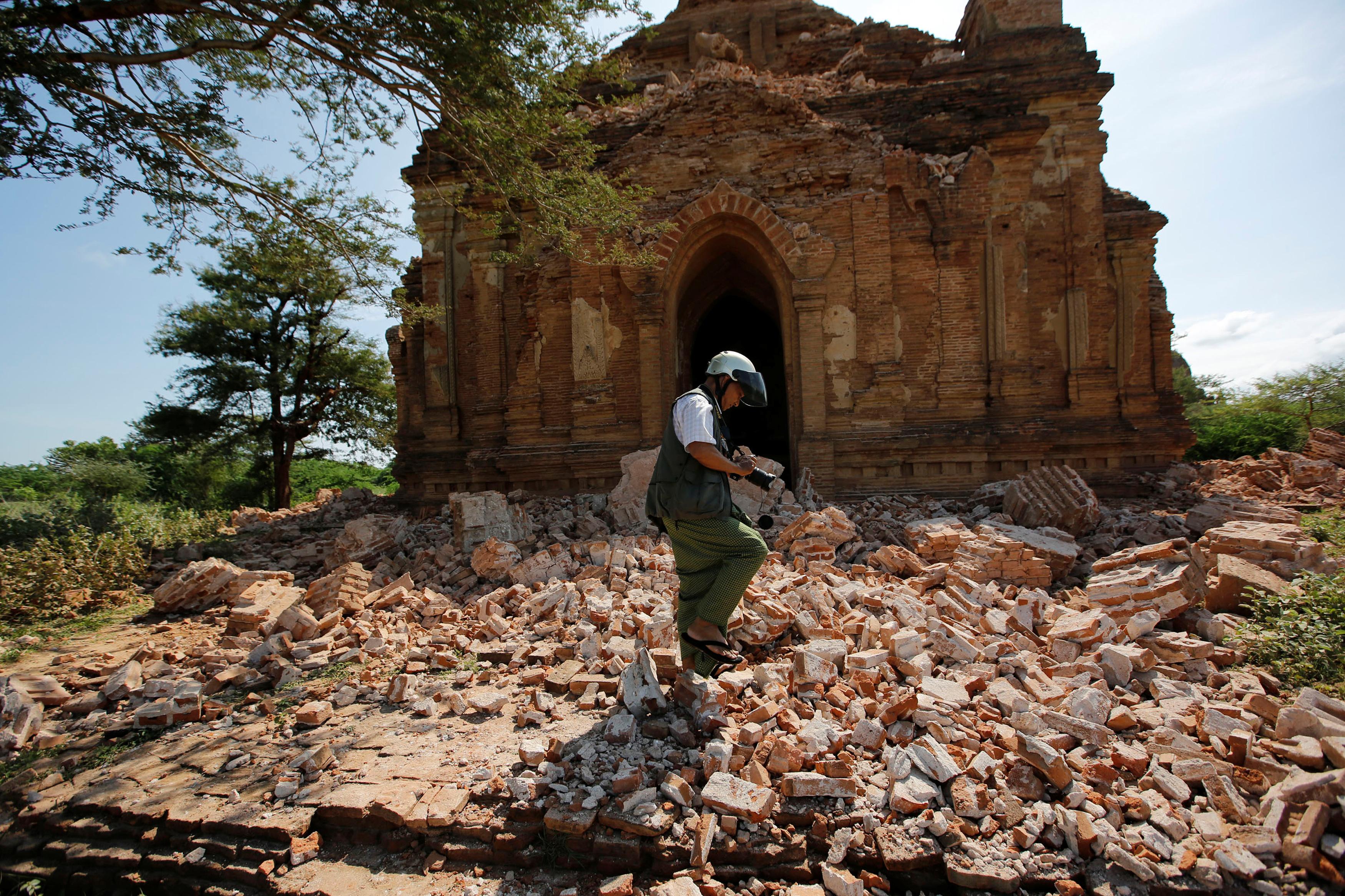 Myanmar-tourism-architecture