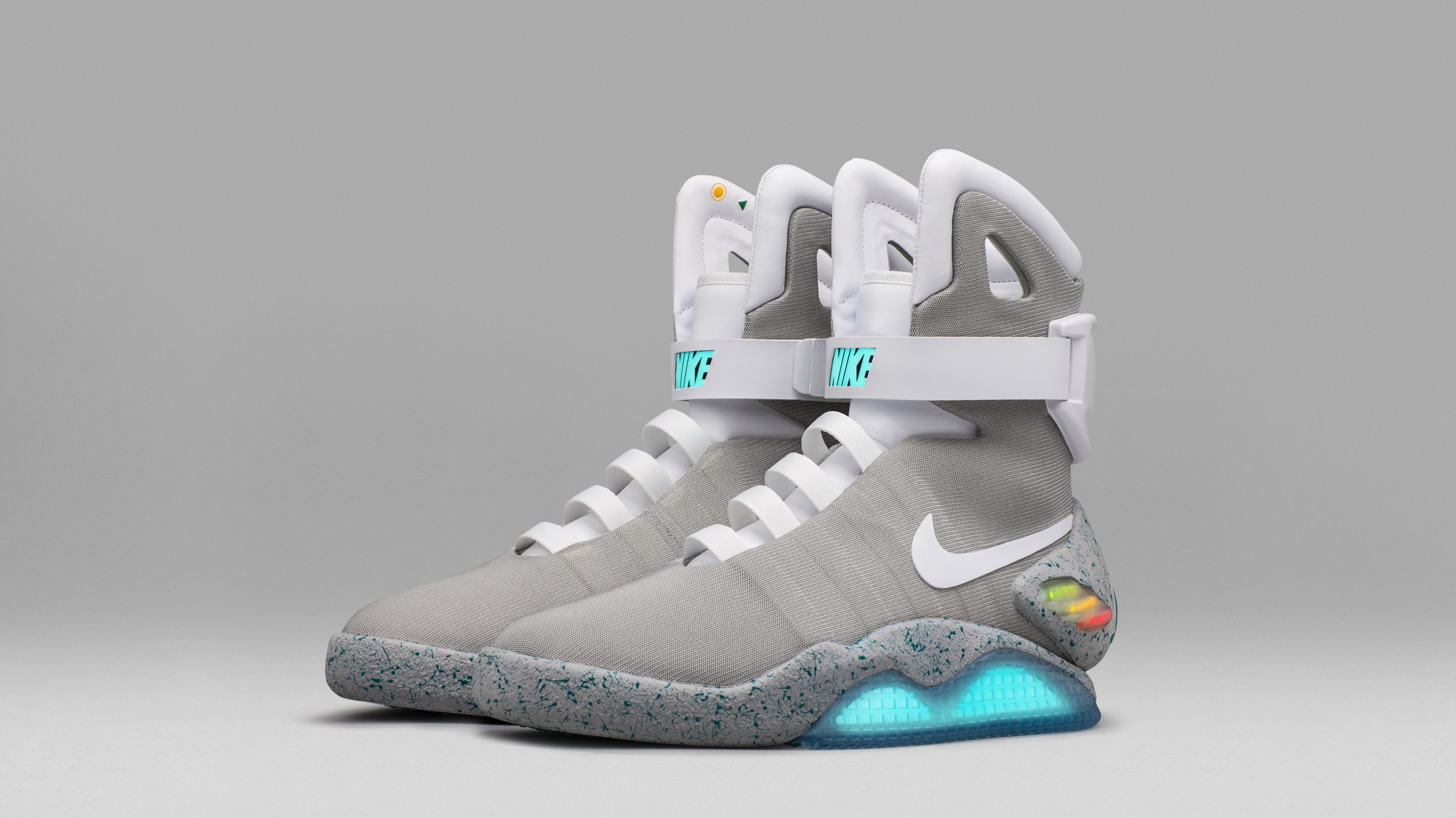 8a4e83fbcc4 I thought Nike s self-lacing sneakers were a gimmick. Then I tried on the  Nike Mag