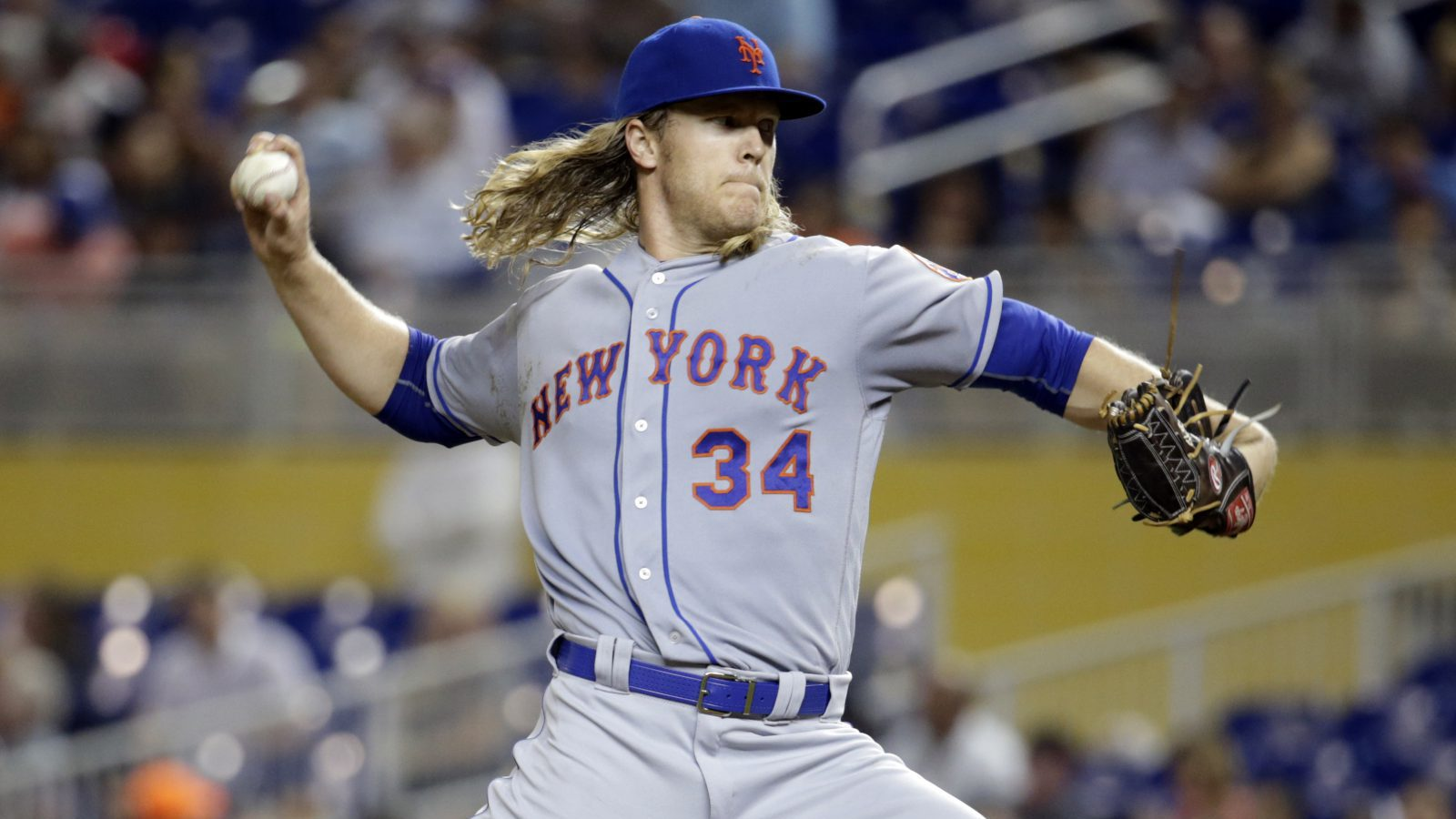 New York Mets starting pitcher Noah Syndergaard (34) throws in the fourth inning during a baseball game against the Miami Marlins, Tuesday, Sept. 27, 2016, in Miami. (AP Photo/Lynne Sladky)