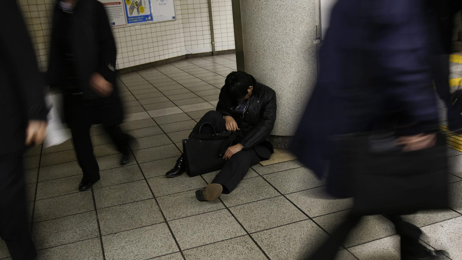 People are working themselves to death in Japan and the government is  finally taking it seriously — Quartz