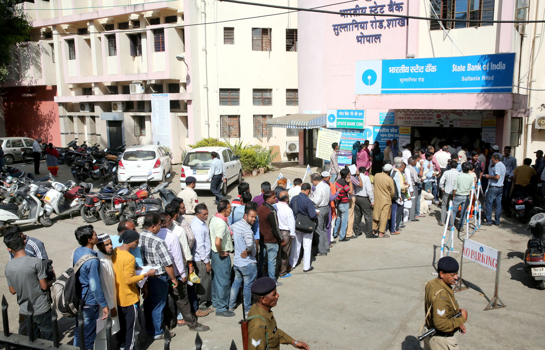 India-Bhopal-demonetisation-ATM-bank