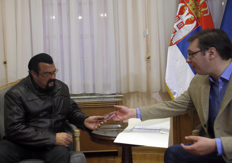 Steven Seagal gets Serbian citizenship