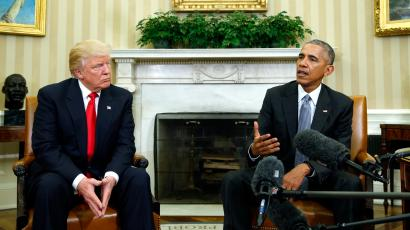 U.S. President Barack Obama (R) meets with President-elect Donald Trump to discuss transition plans in the White House Oval Office in Washington, U.S., November 10, 2016.