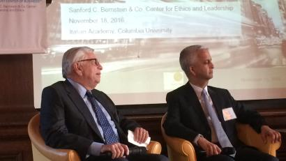 photo of former NBA commissioner David Stern and US Soccer president Sunil Gulati