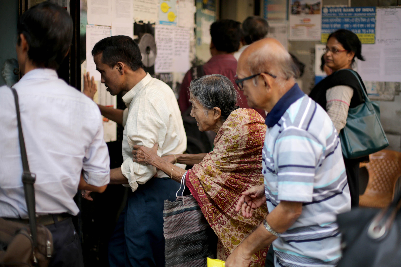India-demonetisation-banks-ATM