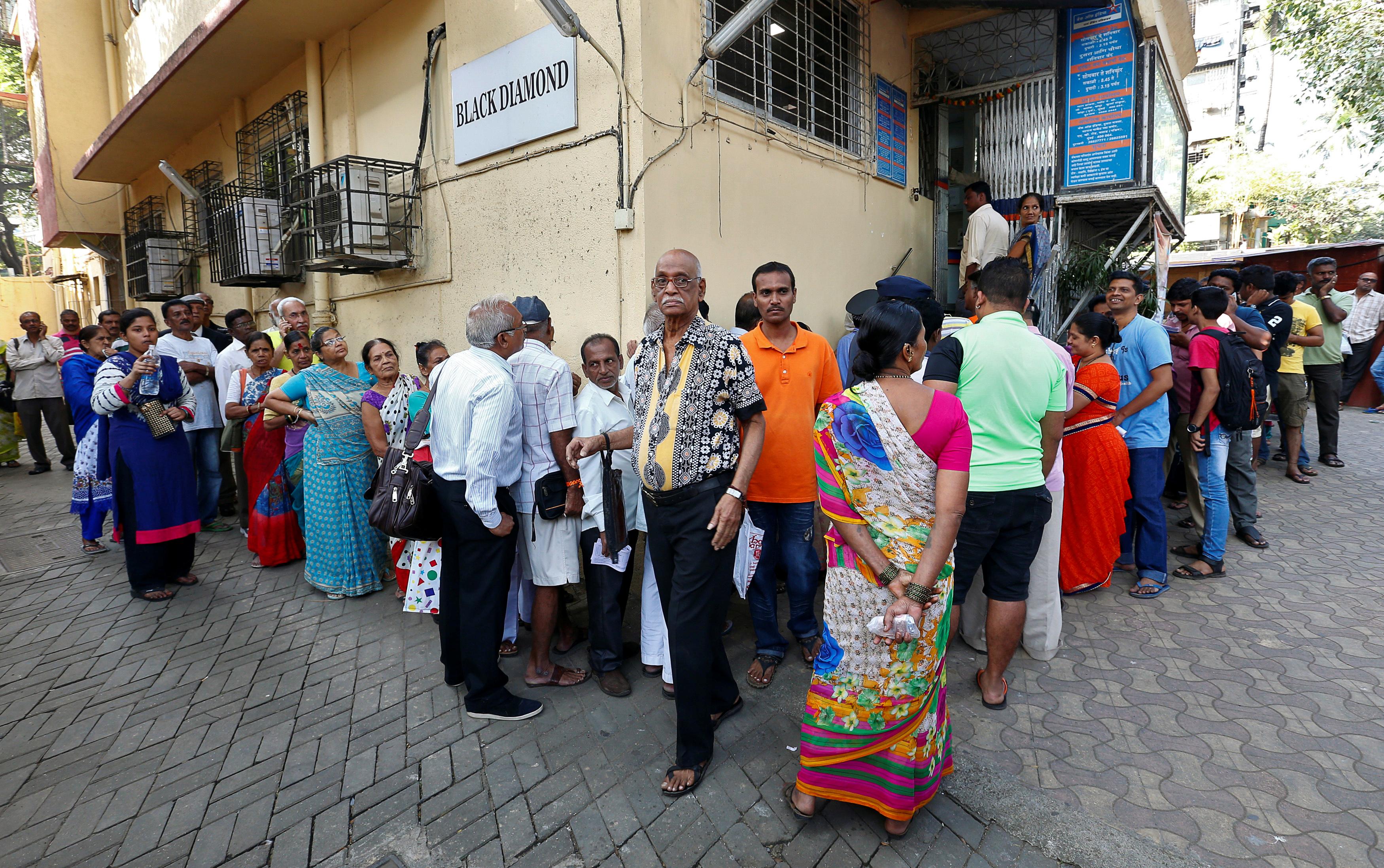 India-demonetisation-ATM-banks-Mumbai