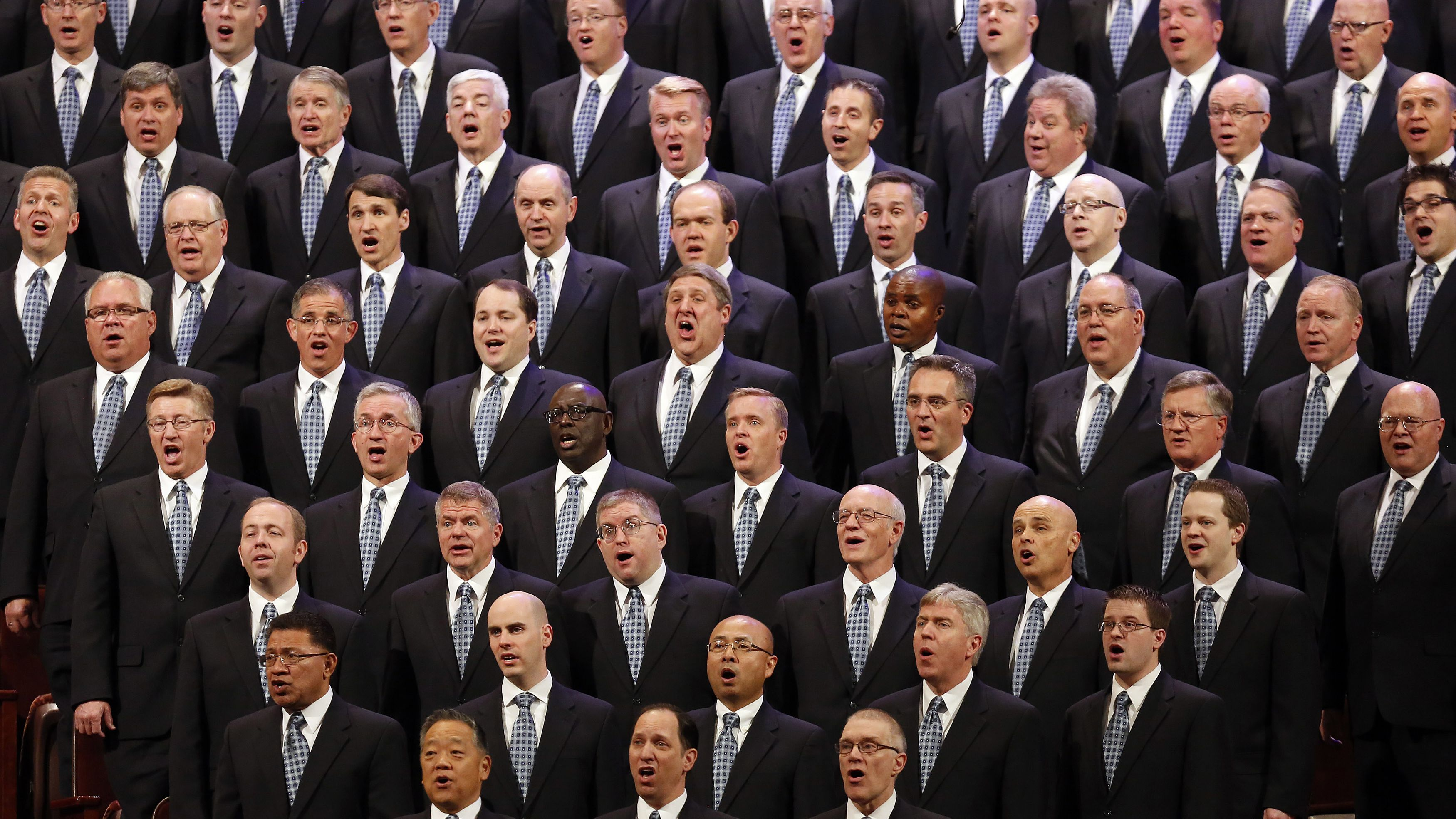 many men sing with other men