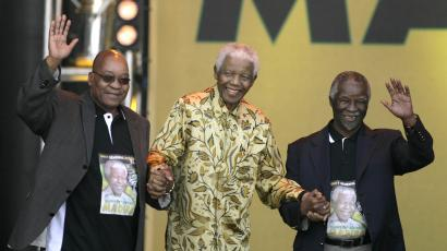 Nelson Mandela, Jacob Zuma and Thabo Mbeki appear at a rally in Pretoria in 2008 to celebrate Mandelas 90th birthday.