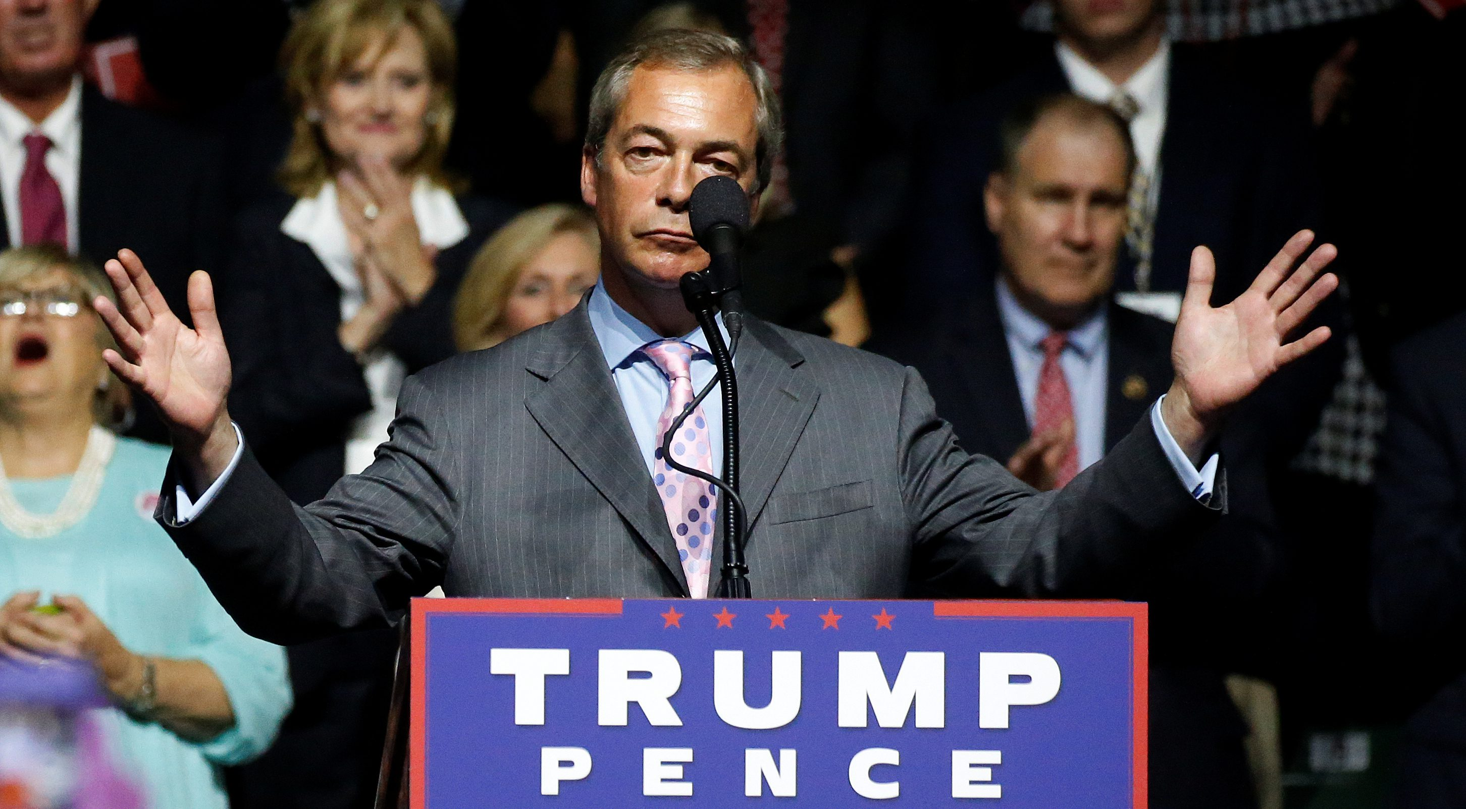 Nigel Farage introduces Donald Trump at a Mississippi presidential rally