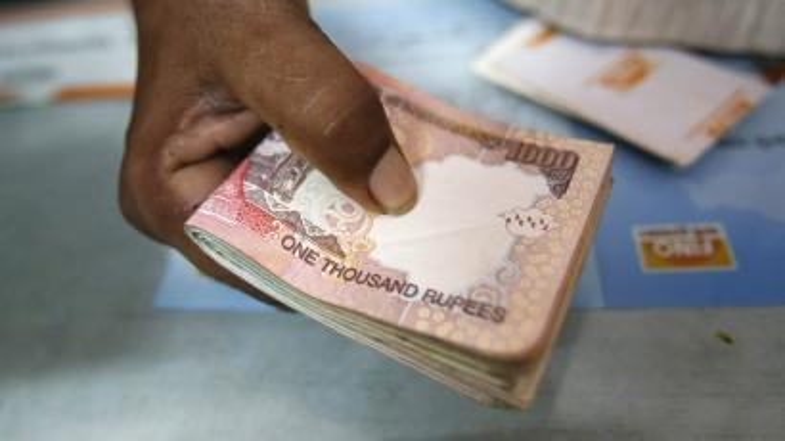 Rupee 500 1000 notes Modi