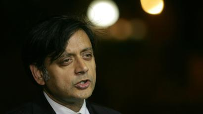 Shashi Tharoor-Narendra Modi-Nationalism-Anti national-India-Politics