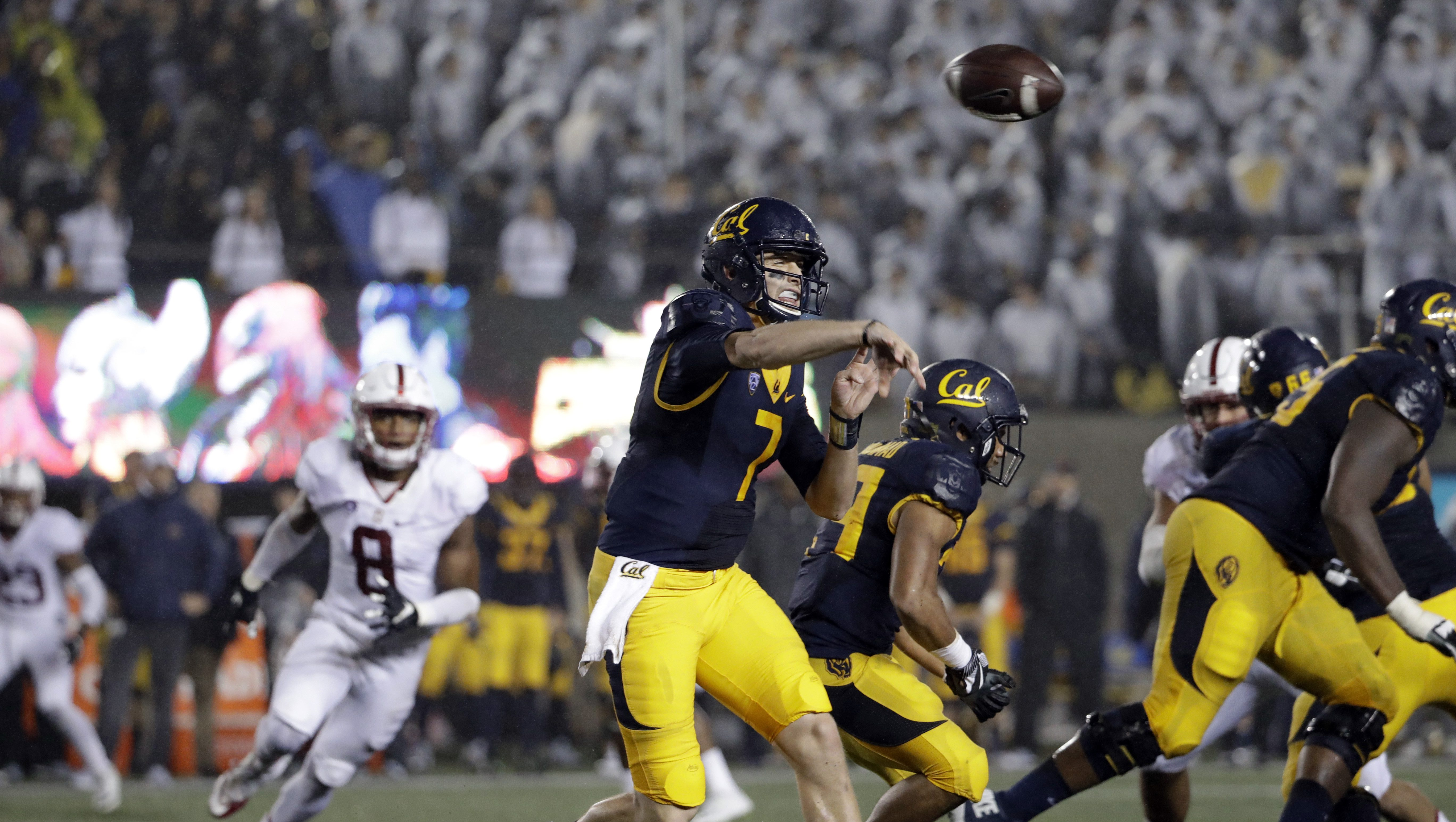 California quarterback Davis Webb (7) during an NCAA college football game against Stanford Saturday, Nov. 19, 2016, in Berkeley, Calif. (AP Photo/Marcio Jose Sanchez)