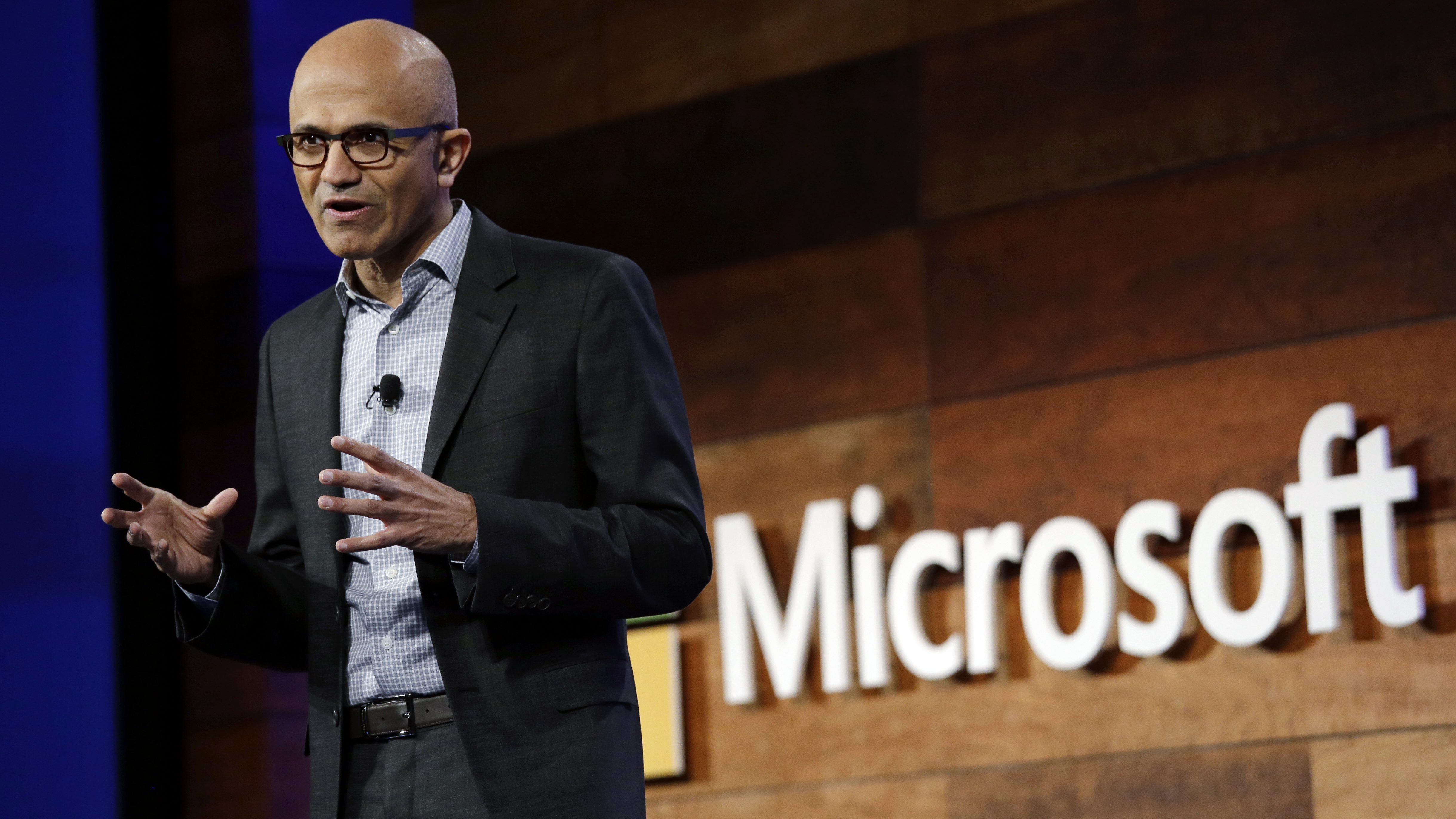 Microsoft CEO Satya Nadella speaks at the annual Microsoft shareholders meeting, Wednesday, Nov. 30, 2016, in Bellevue, Wash. (AP Photo/Elaine Thompson)
