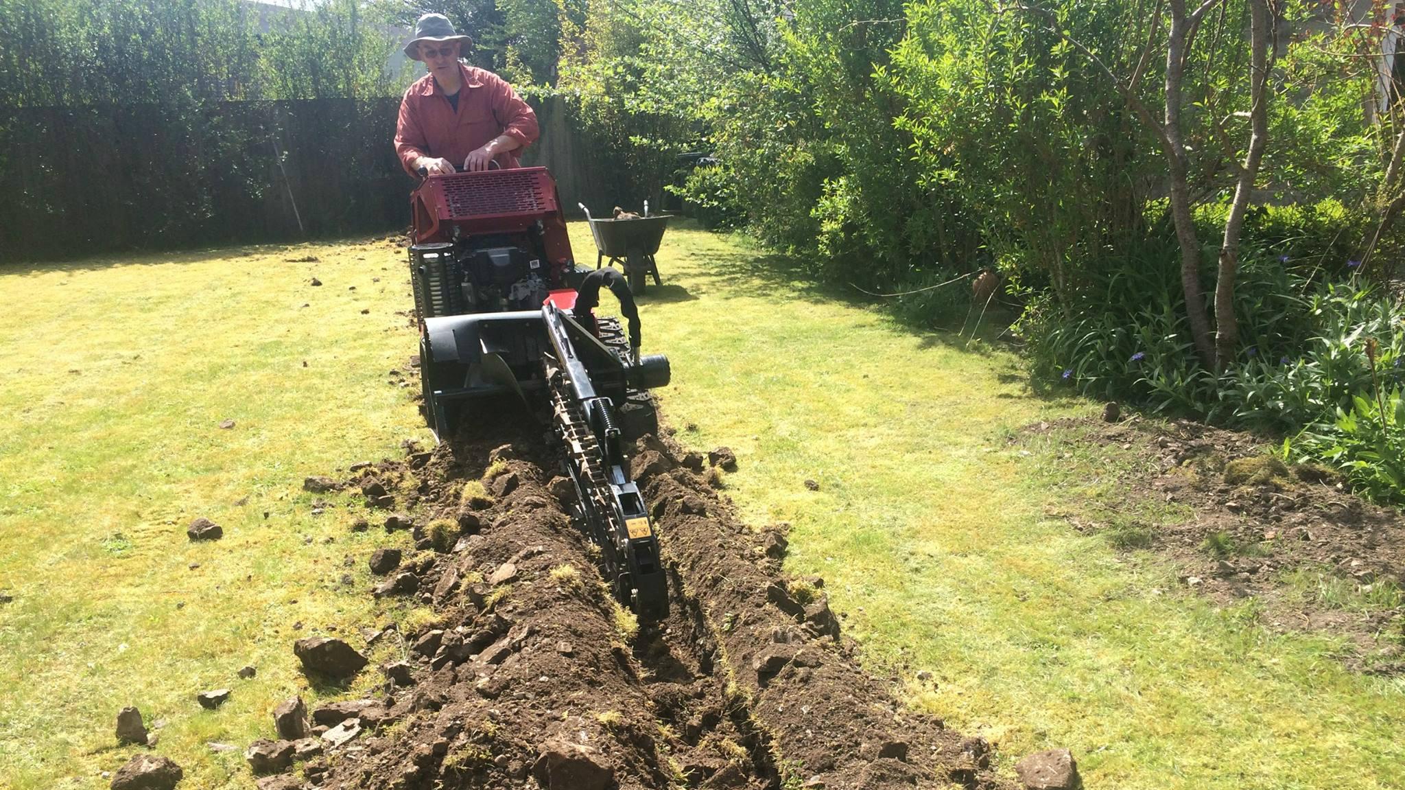 b4rn digging