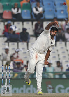 India-cricket-Ashwin-bowler