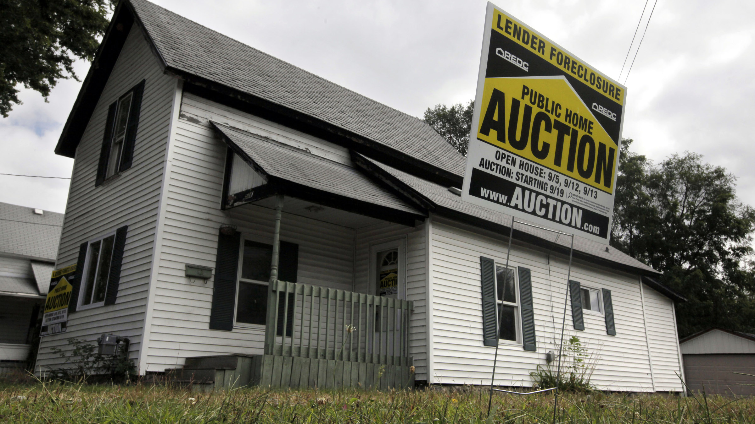 A foreclosed home is shown, Sept. 16, 2009 in Owosso, Mich.