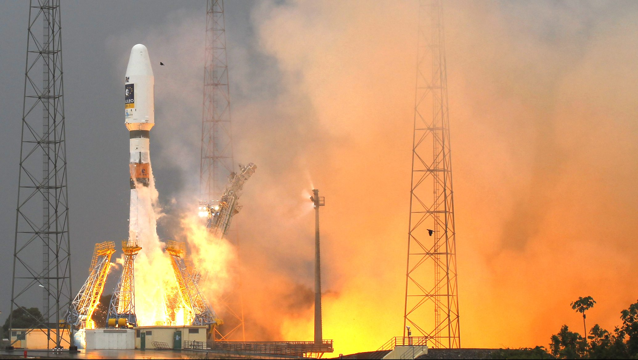 The Russian Soyuz VS01 rocket, carrying the first two satellites of Europe's Galileo navigation system, blasts off from its launchpad at the Guiana Space Center in Sinnamary, French Guiana, October 21, 2011.