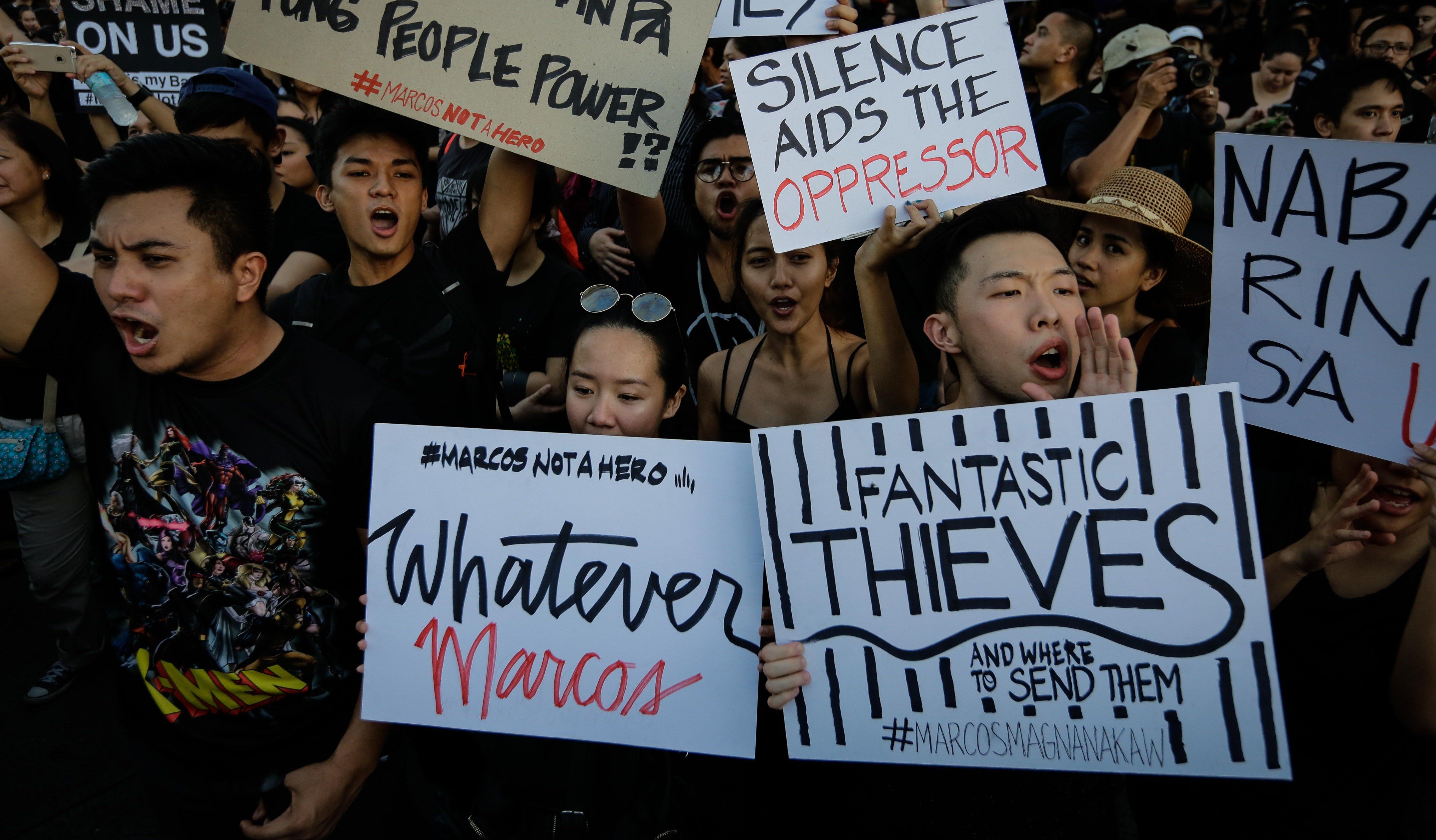 Rodrigo Duterte and Ferdinand Marcos are a Tinder match \
