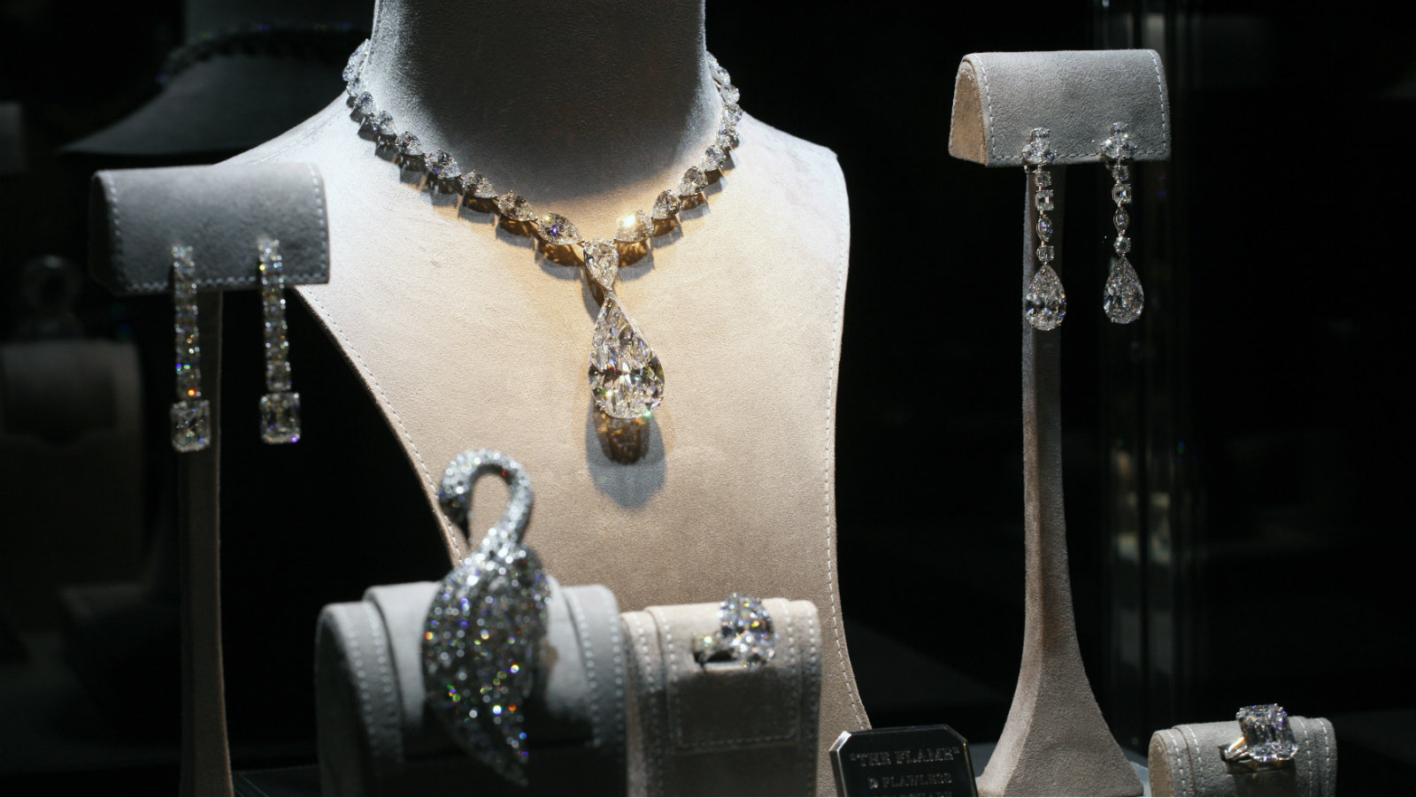 Jewellery are displayed at a window during the Graff Diamonds IPO roadshow in Hong Kong May 21, 2012. Luxury jeweler Graff Diamonds, famous for its giant and rare gems, is forging ahead with a Hong Kong listing despite a sell-off that has rattled equity markets, setting a price range on Friday that would value the company at up to $4 billion.
