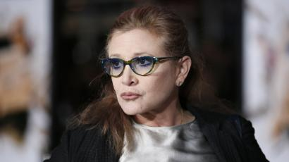 "Actress Carrie Fisher poses at the world premiere of the film ""Dumb and Dumber To"" in Los Angeles, November 3, 2014. REUTERS/Danny Moloshok (UNITED STATES - Tags: ENTERTAINMENT)"