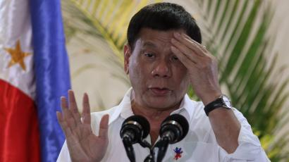 Philippine President Rodrigo Duterte speaks upon his arrival at Davao International Airport in Davao city, Philippines, after returning from a leaders' summit in Peru of the Asia-Pacific Economic Cooperation (APEC) November 23, 2016