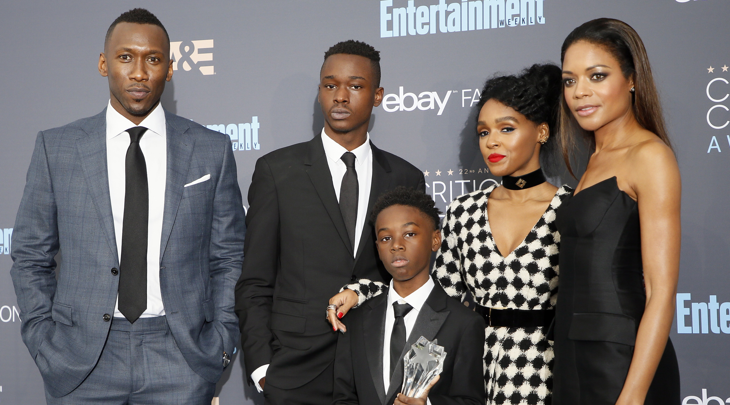 (L-R) Actors Mahershala Ali, Ashton Sanders, Alex R. Hibbert, Janelle Monae and Naomie Harris pose backstage with their award for Best Acting Ensemble for 'Moonlight' during the 22nd Annual Critics' Choice Awards in Santa Monica, California, U.S., December 11, 2016.
