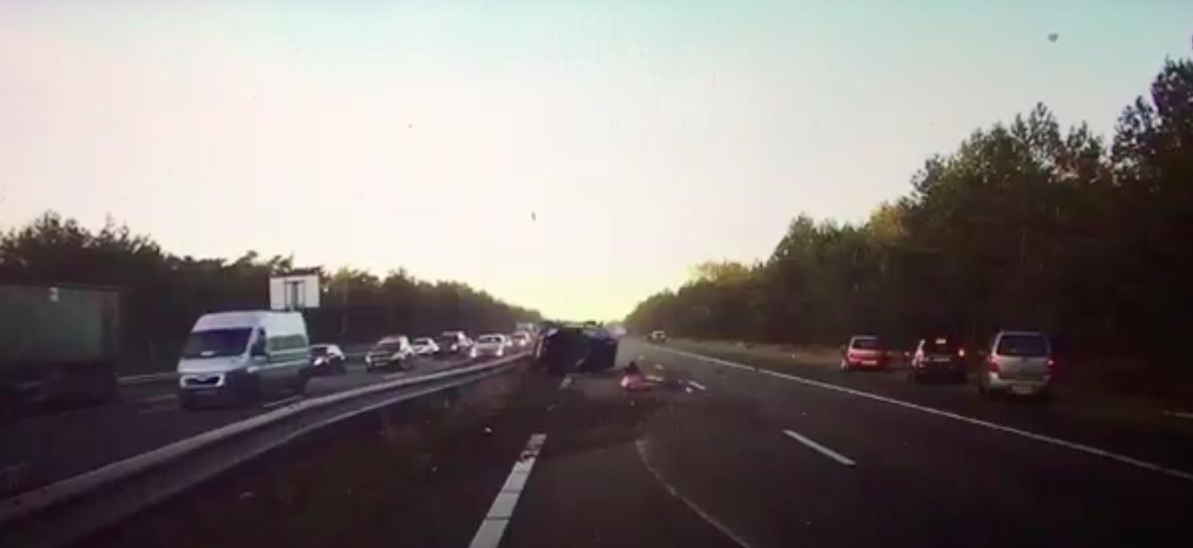 Watch: Tesla's radar (TSLA) predicts a collision and starts