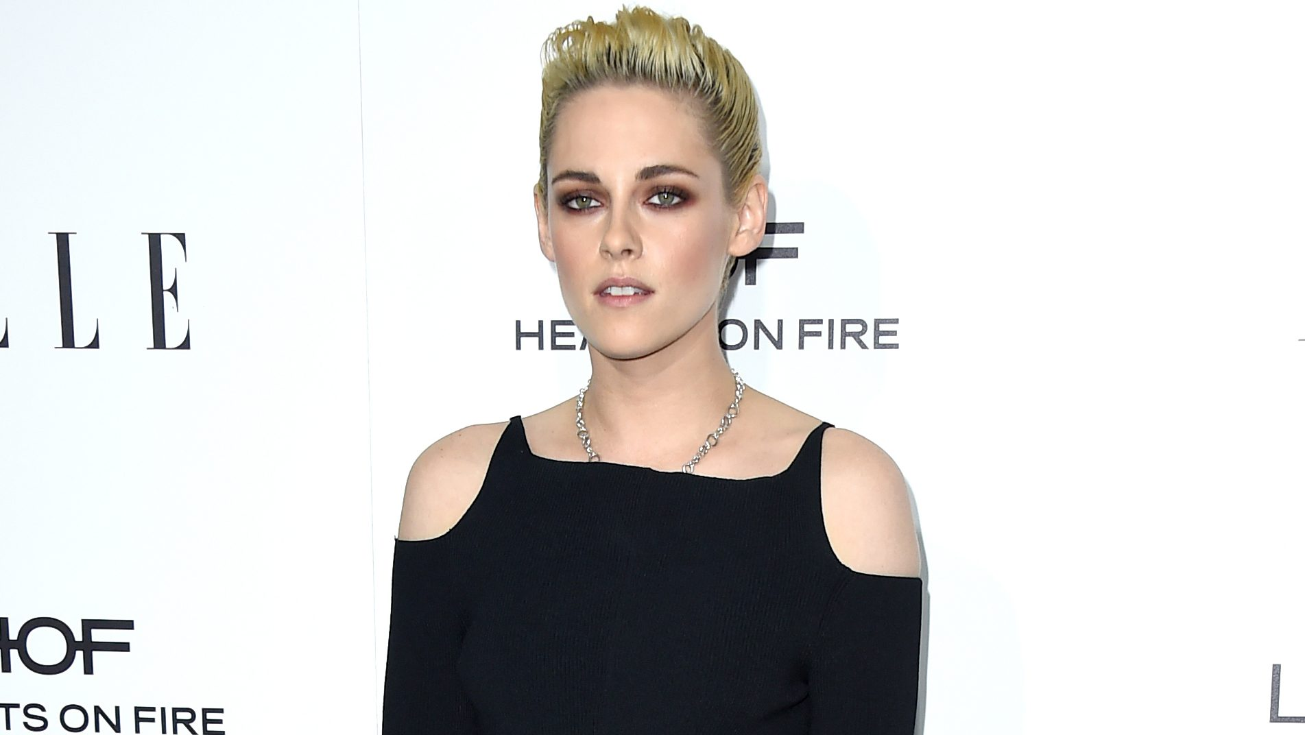 Kristen Stewart arrives at the 23rd annual ELLE Women in Hollywood Awards at the Four Season Hotel on Monday, Oct. 24, 2016, in Los Angeles. (Photo by Jordan Strauss/Invision/AP)