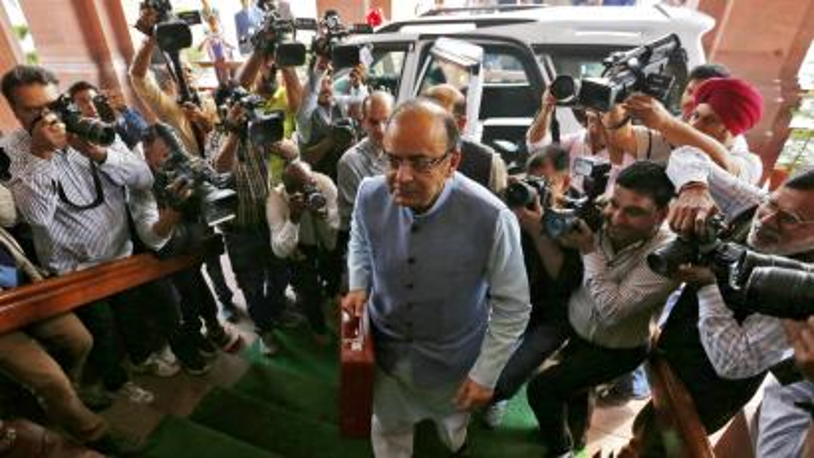 India-arun-jaitley-budget