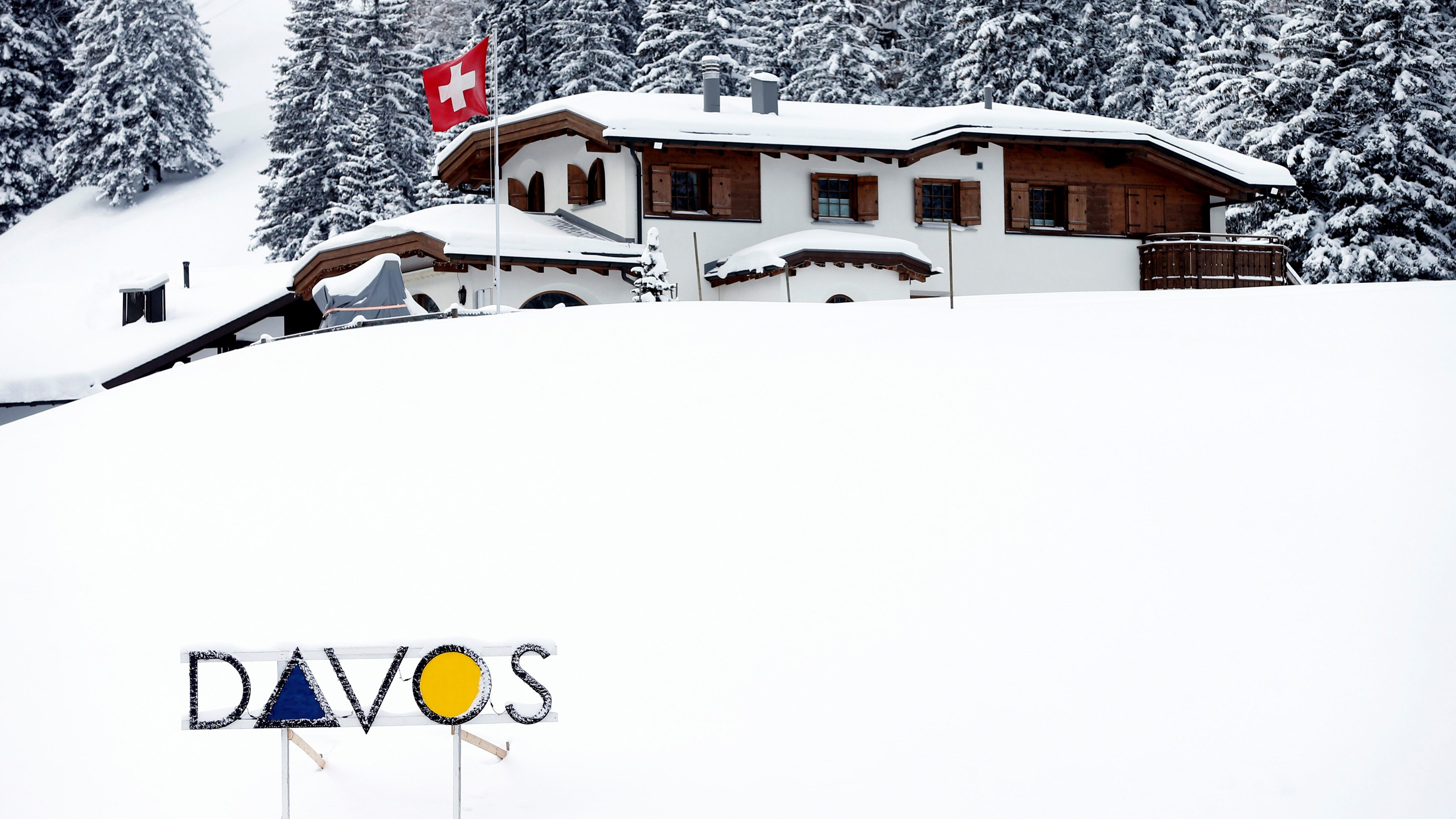 A Davos logo is seen before the annual meeting of the World Economic Forum (WEF) in Davos, Switzerland January 15, 2017. REUTERS/Ruben Sprich - RTSVLHS