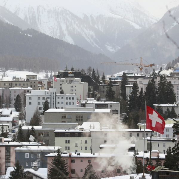 A general view shows the Swiss mountain resort of Davos January 24, 2011. The annual meeting of the WEF takes place under heavy security measures from January 26 to 30 in the Alpine resort, and will be attended by top politicians, monetary policymakers and senior business executives.