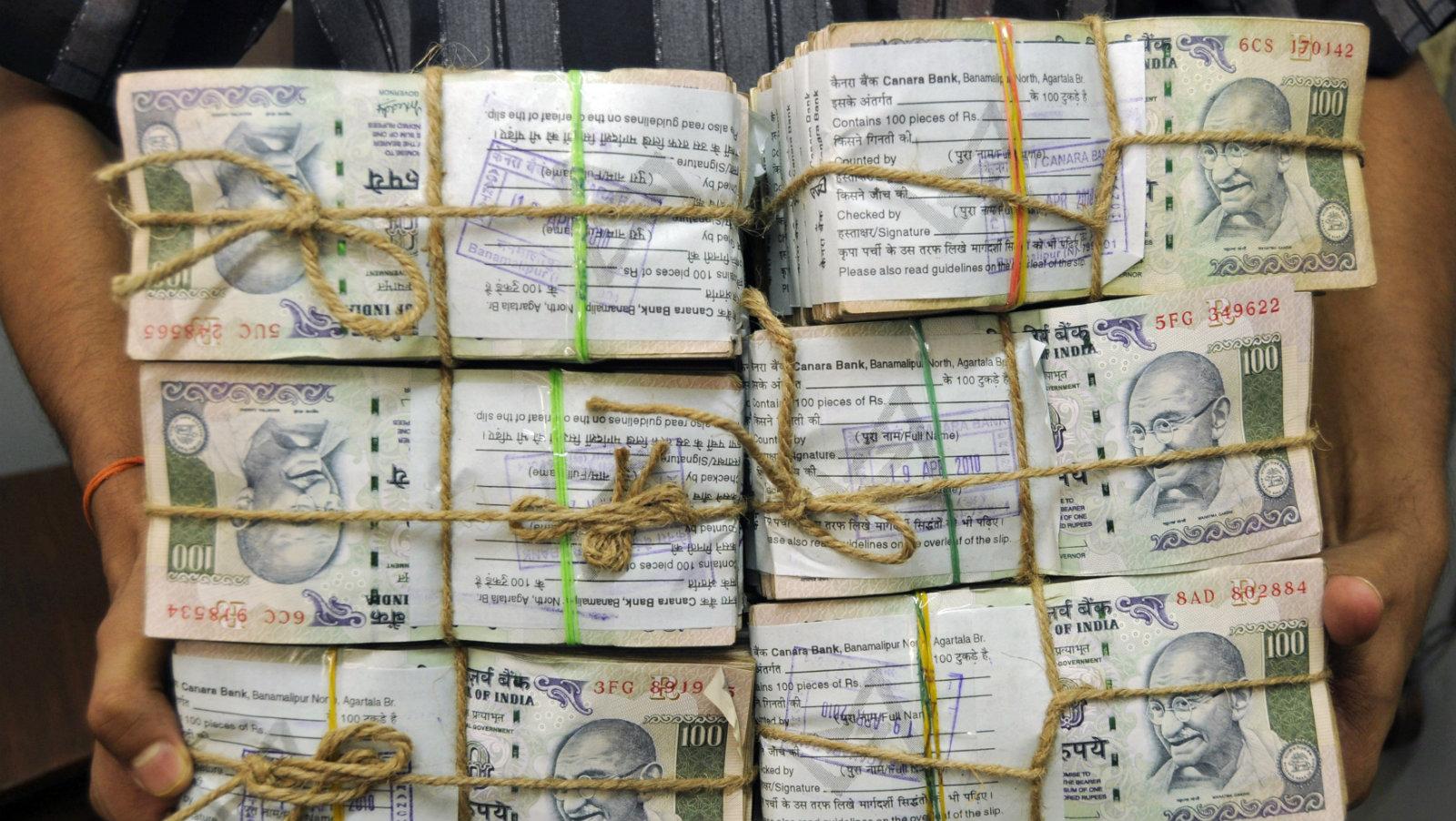 India-debt-rupee-sovereign
