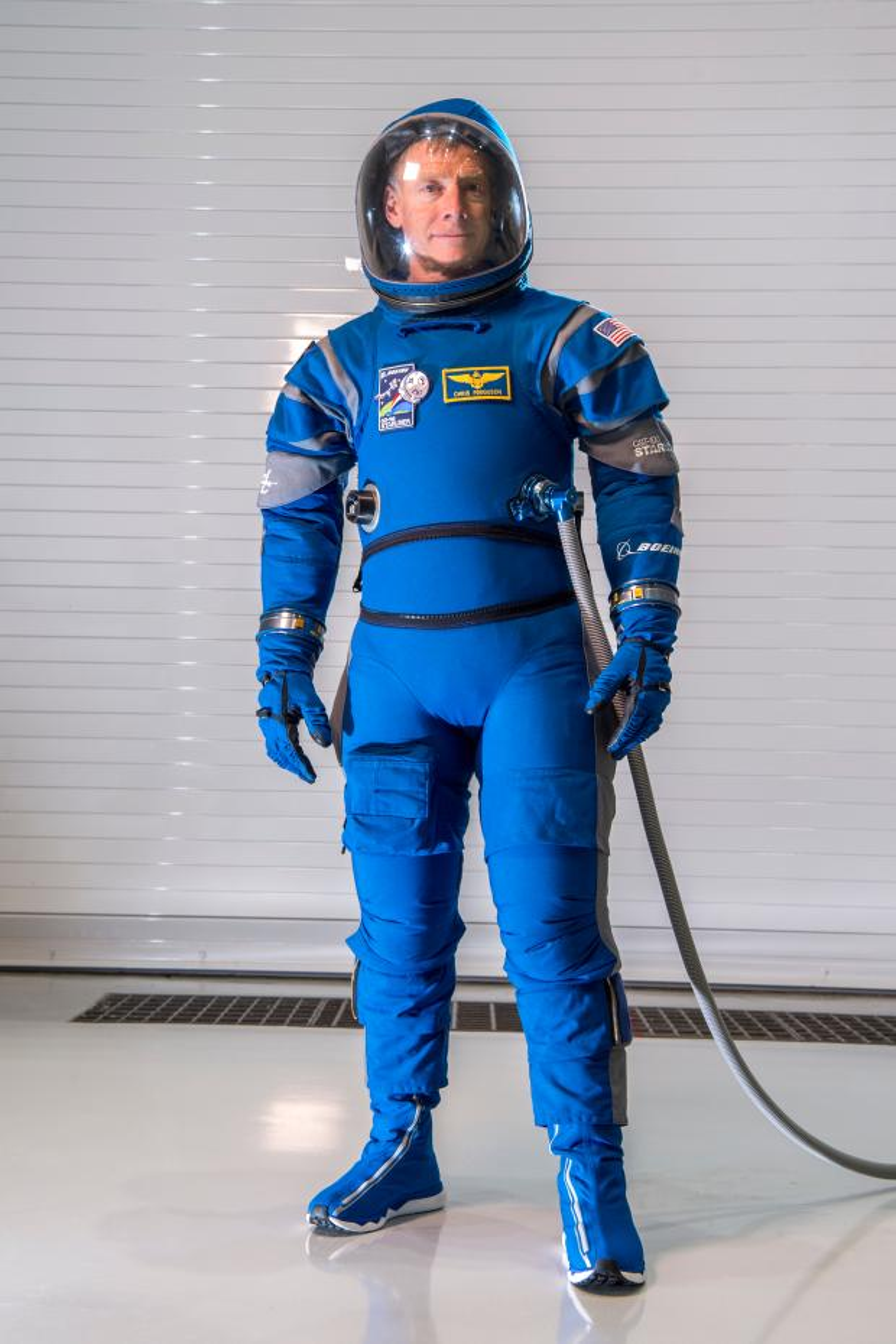 Astronauts will soon wear these new lightweight Boeing (BA ... a050e231d