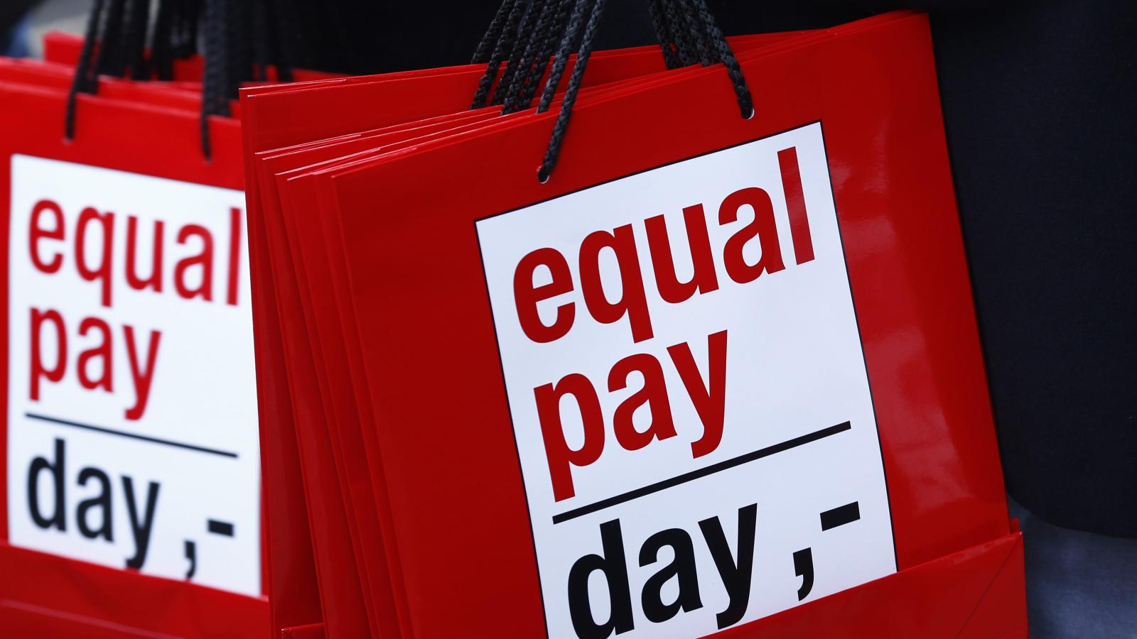 "New research confirms the ""sexuality pay gap"" is real"