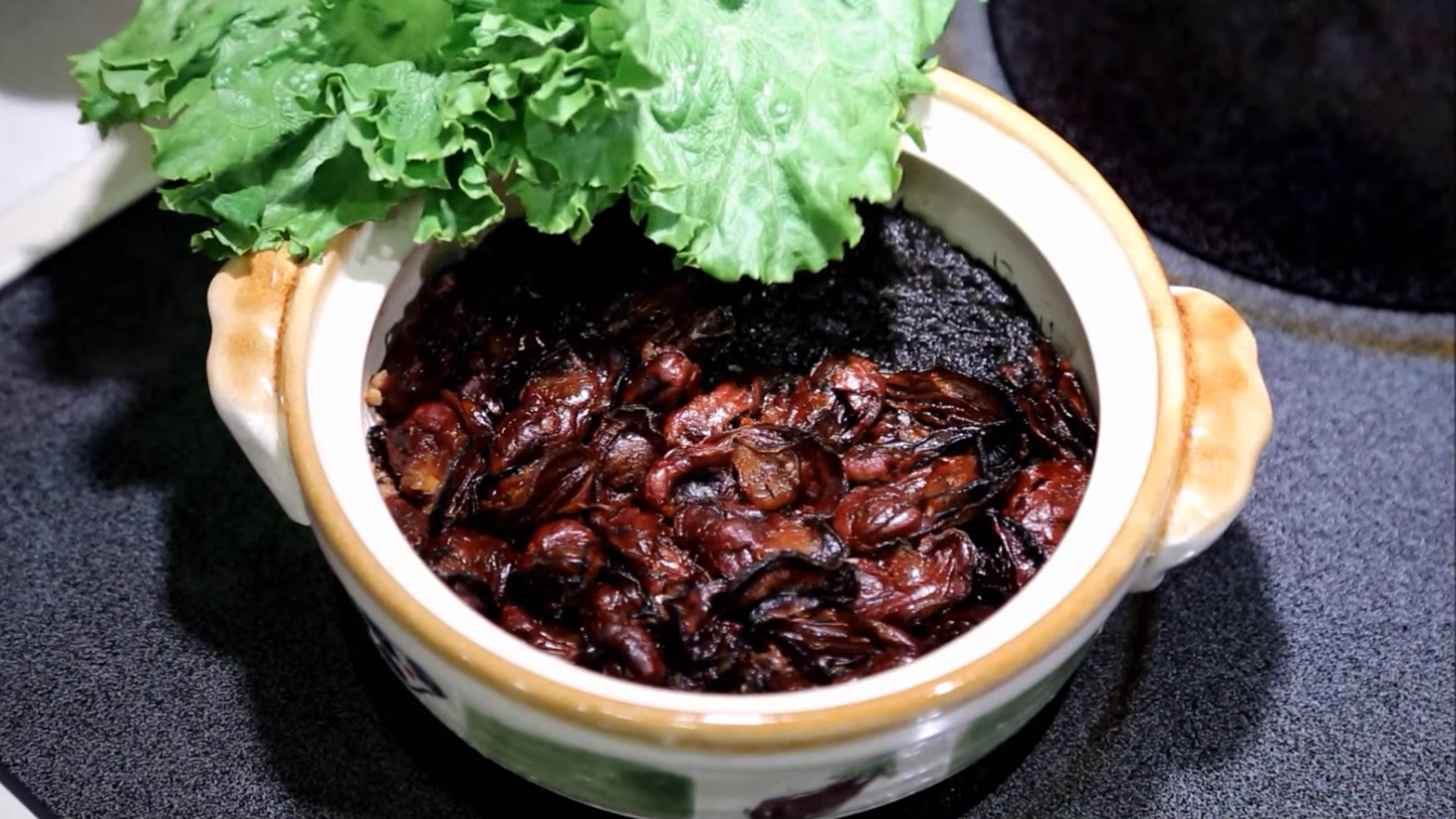 Chinese new year fat choi a lucky food the cantonese seek in black for the cantonese lunar new year means scouring the black market for an auspicious delicious bacteria m4hsunfo