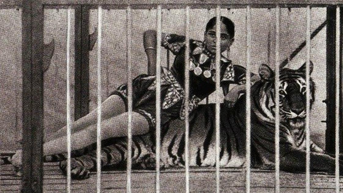 Sushila Sundari posing for photograph.