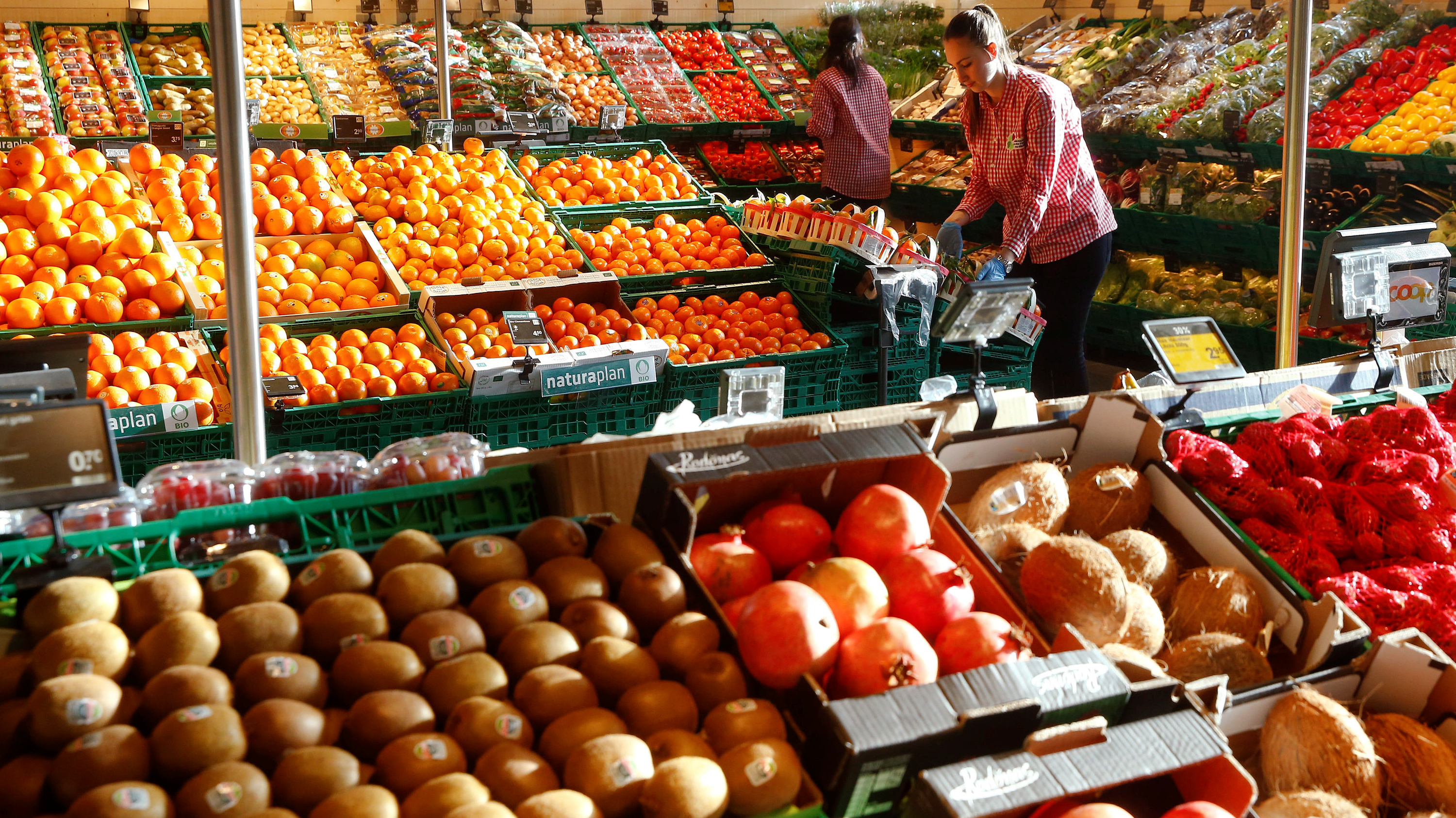 Save Produce: How to Bring Any Almost-Spoiled Produce Back to Life recommendations