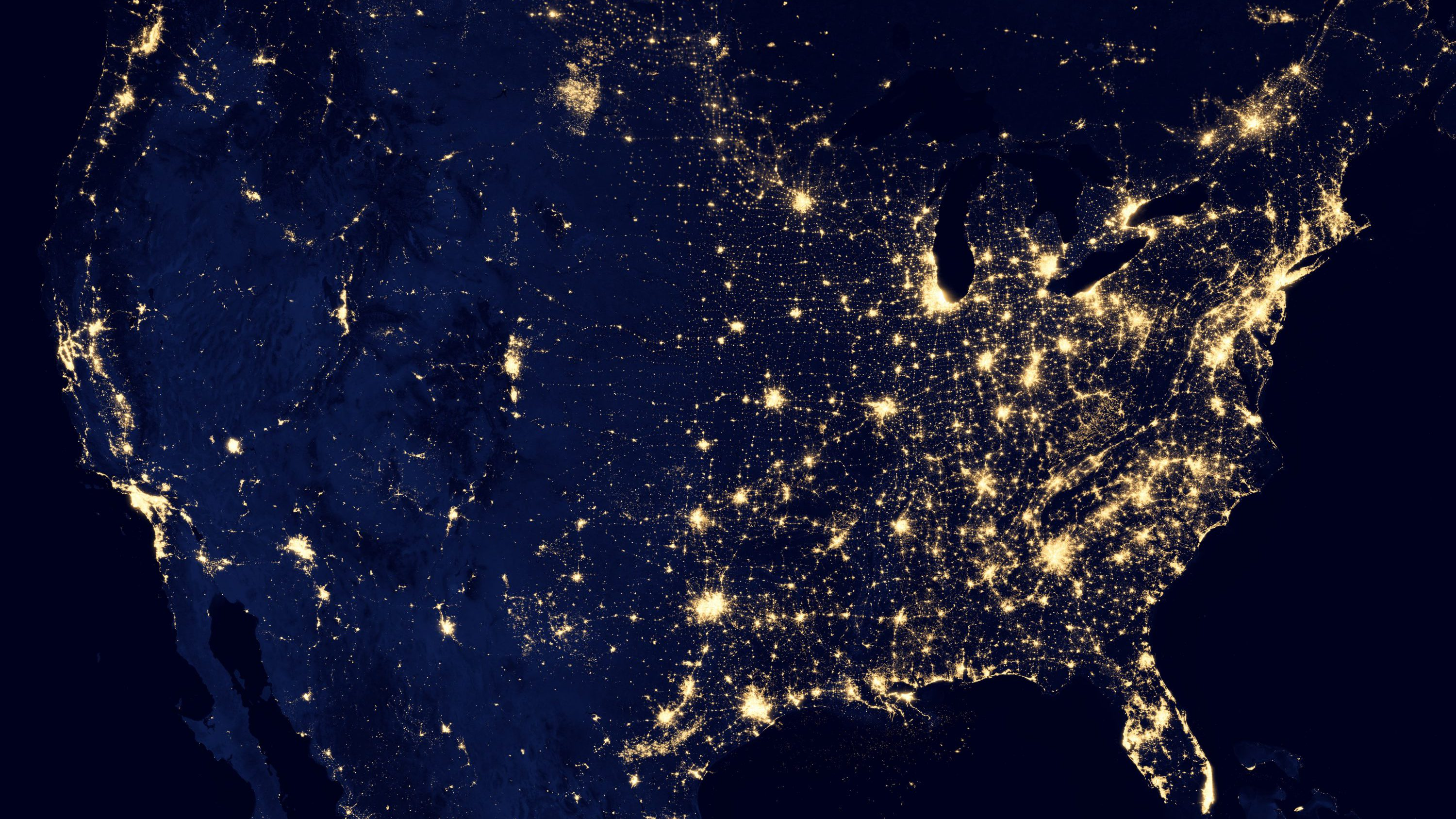 lit-up map of US