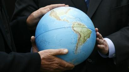 how has technology contributed to globalization