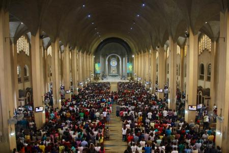 Hundreds of thousands of devotees attend the Baclaran Church every week, making it one of the most popular churches in the country.