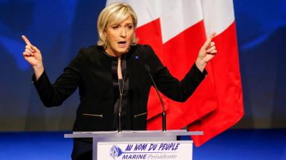 Marine Le Pen kicks off her presidential election campaign in France