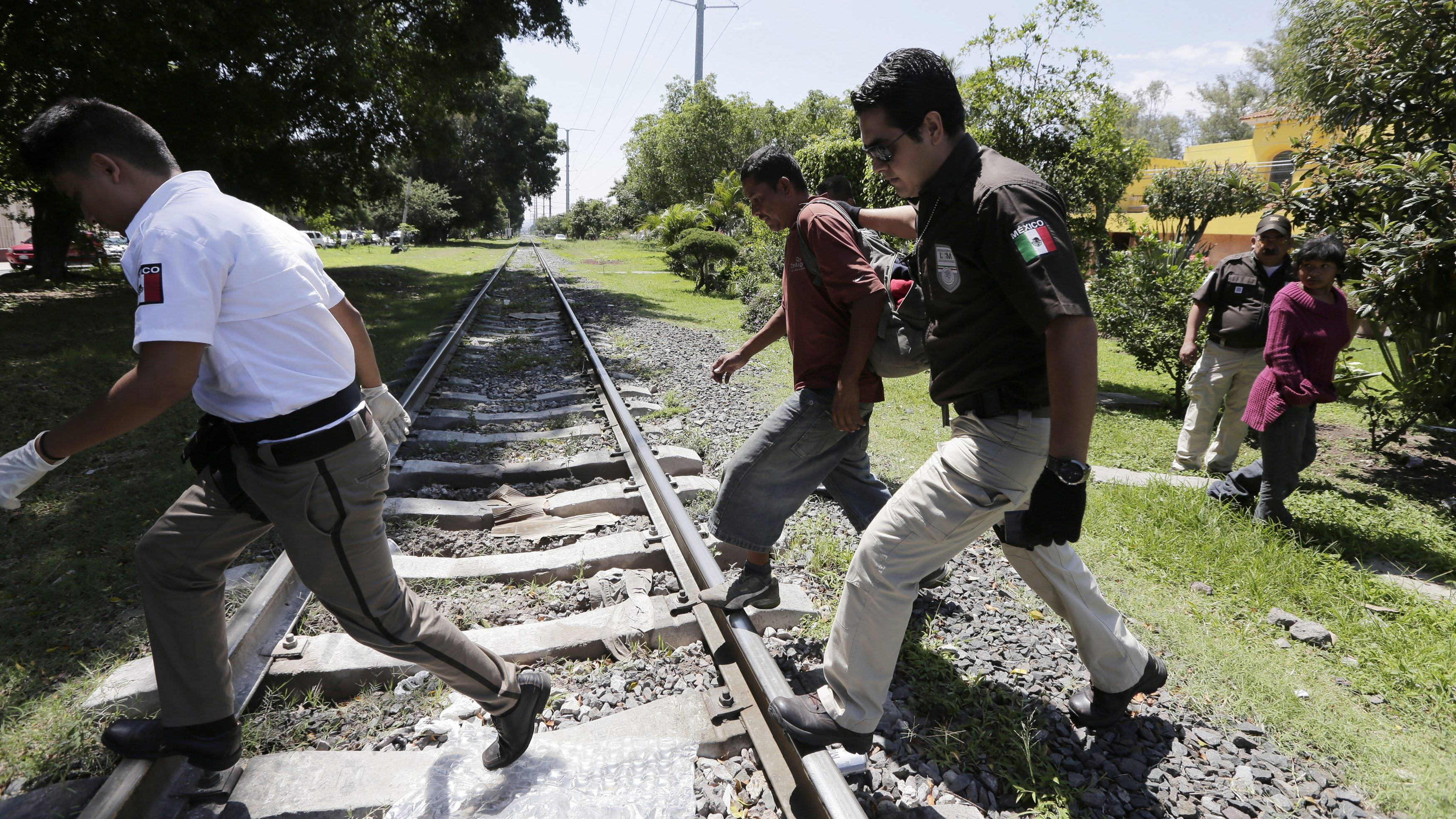Mexican immigration officers detain undocumented immigrants
