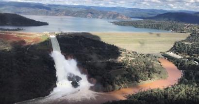 Authorities were warned that the Oroville Dam was at risk of