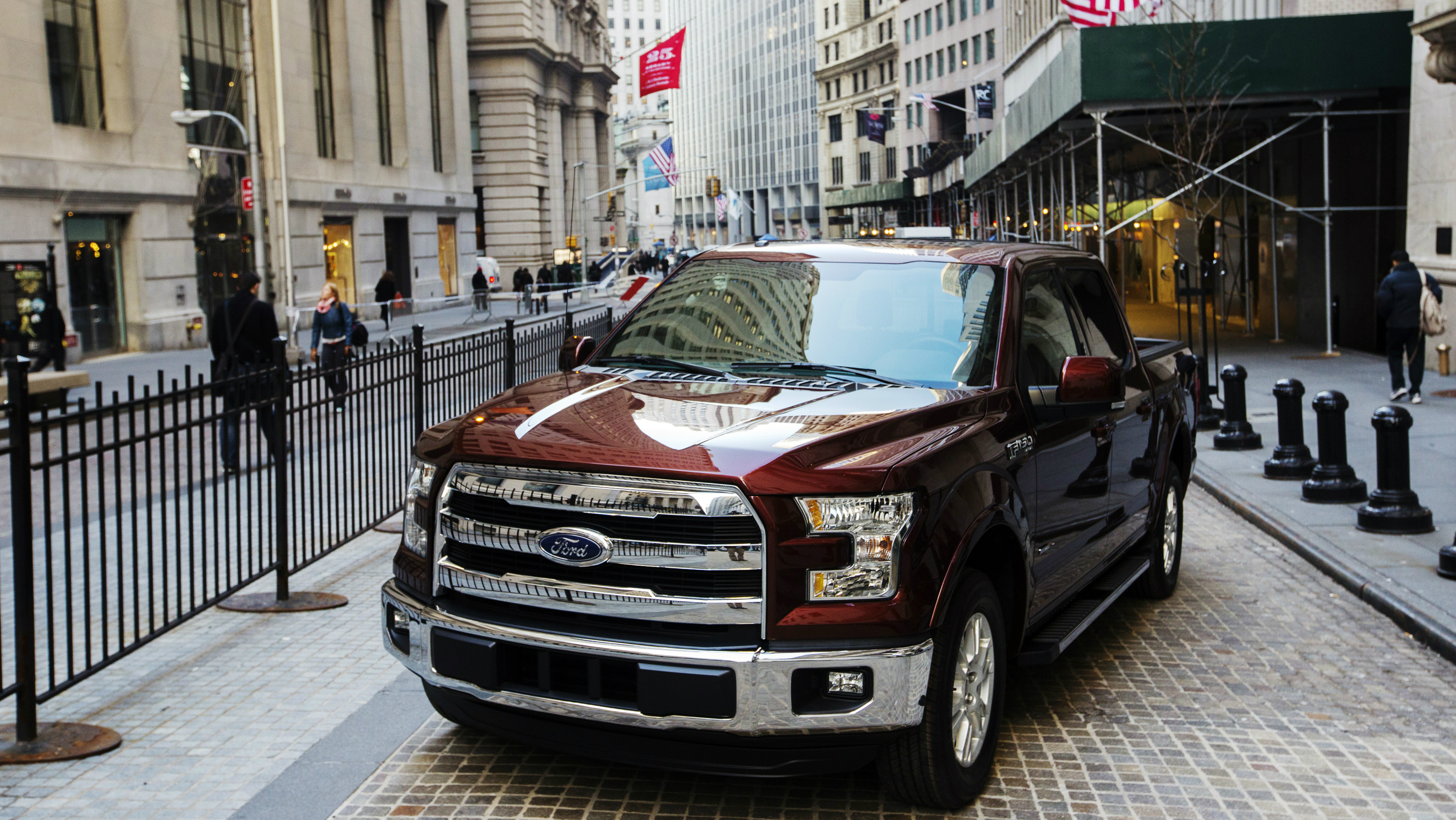Money can buy a luxury car—but many rich Americans would still ...